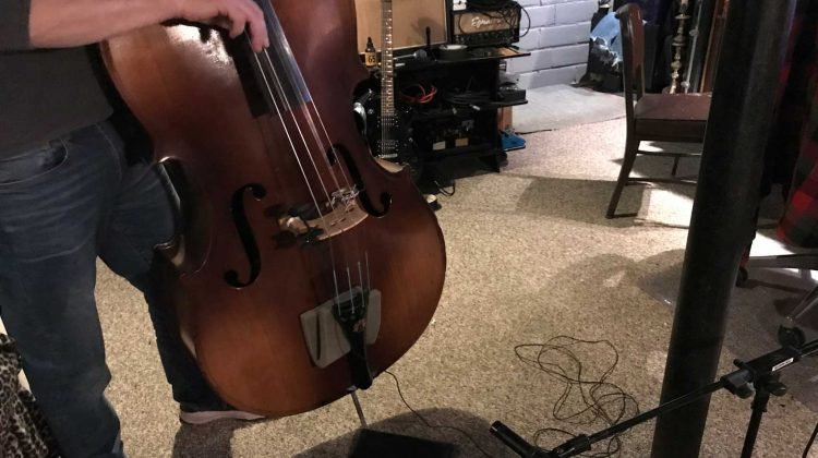 Upright bass recording